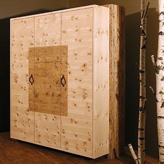M bel aus zirbenholz dloigoma for Kommode zirbenholz